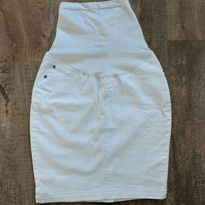 A pea in the pod white denim pencil skirt small